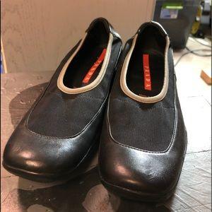 Women's Size 9 Slip on Shoes